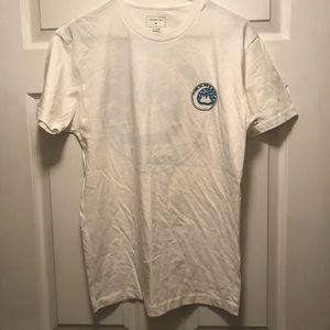 NWOT Quiksilver Short Sleeve Tee Shirt White Sz S